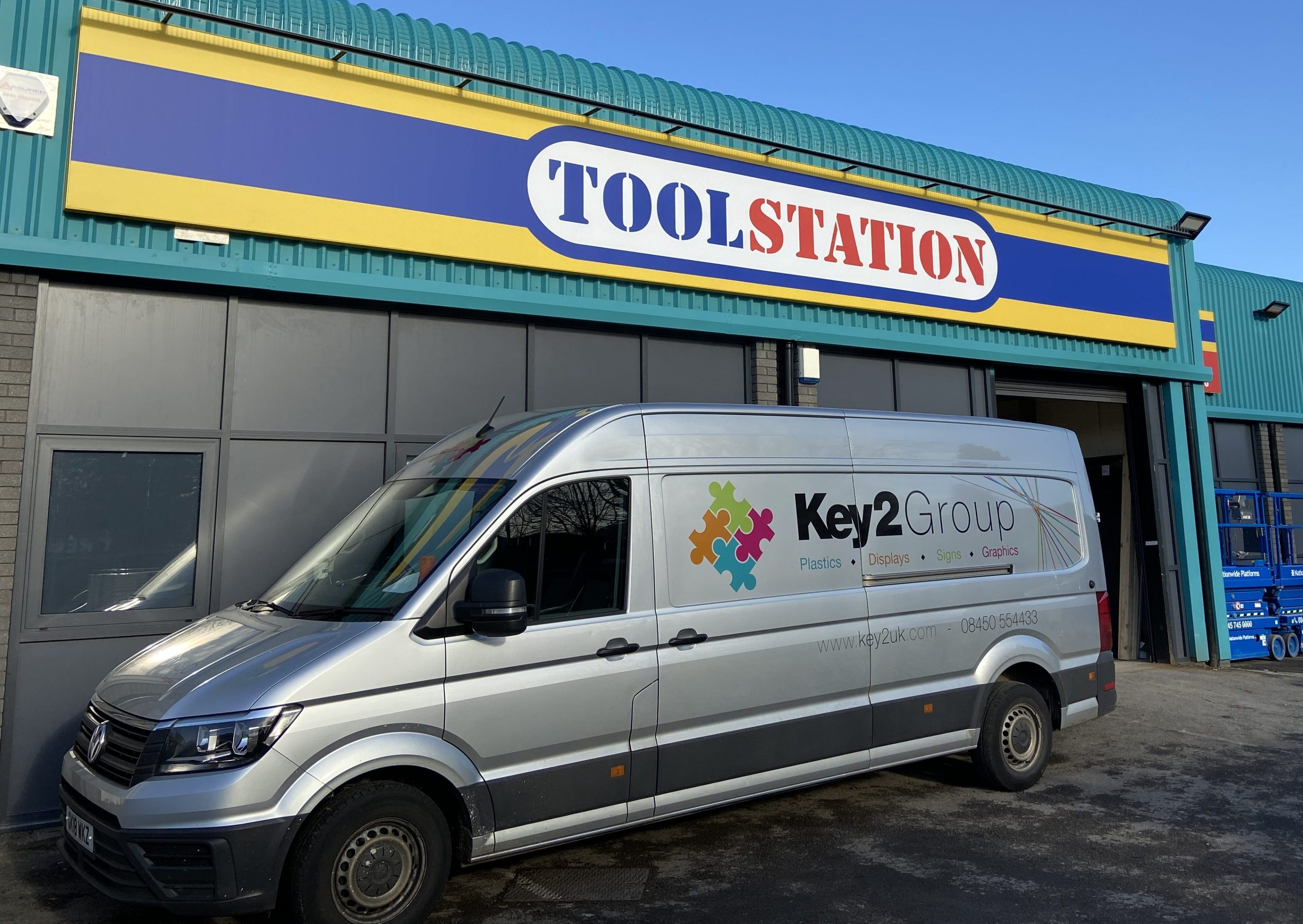 Tool station van sign