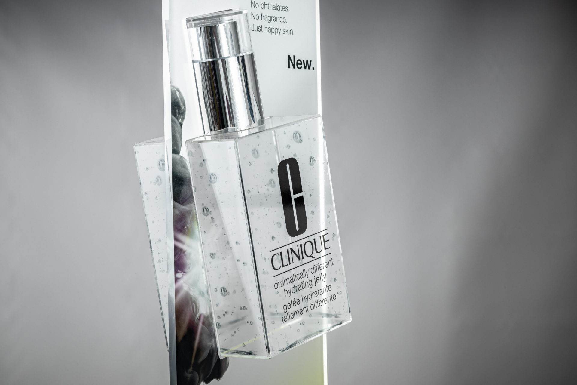 Clinique clear display advertising unit