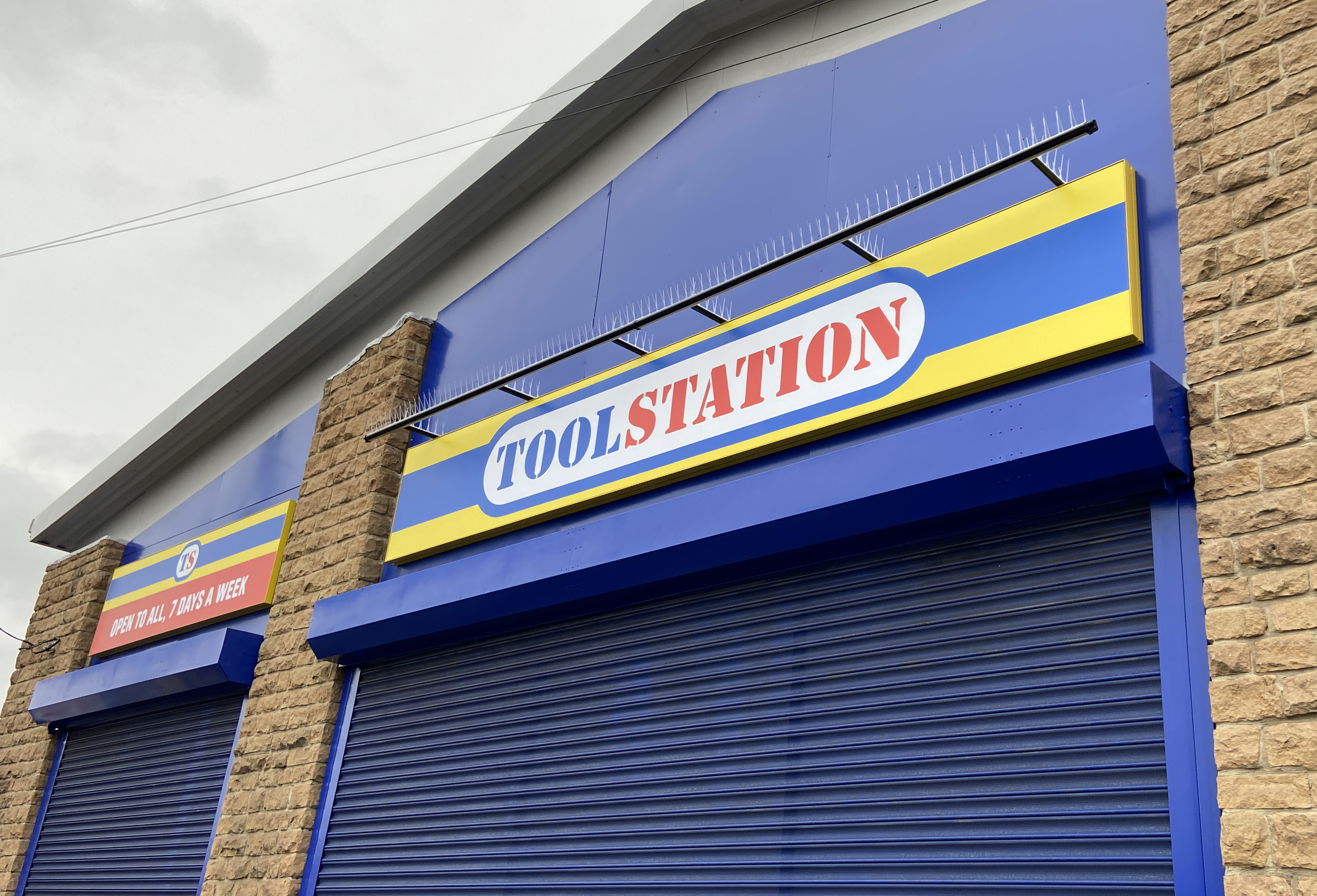Toolstation shopfront signage