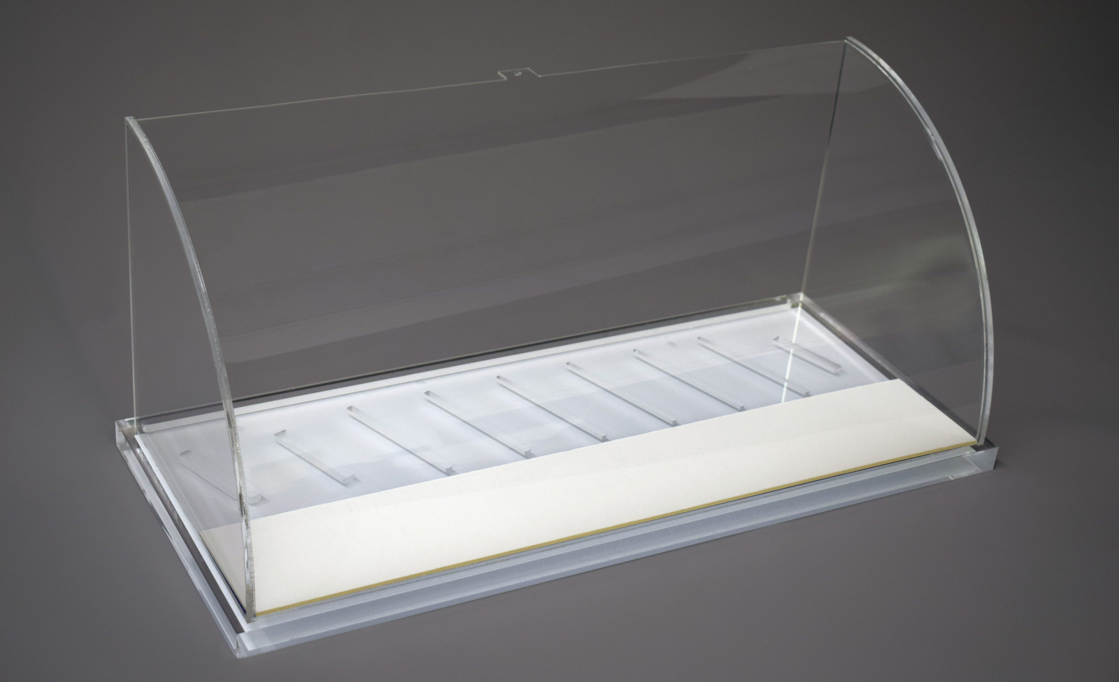 Acrylic lens display box